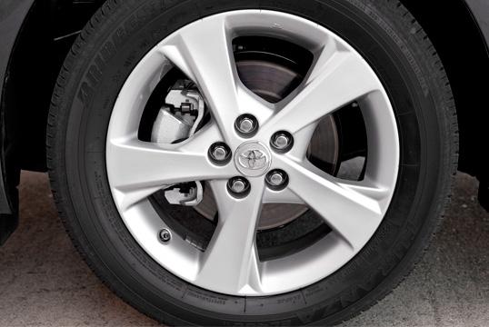 Колесо от Toyota Corolla