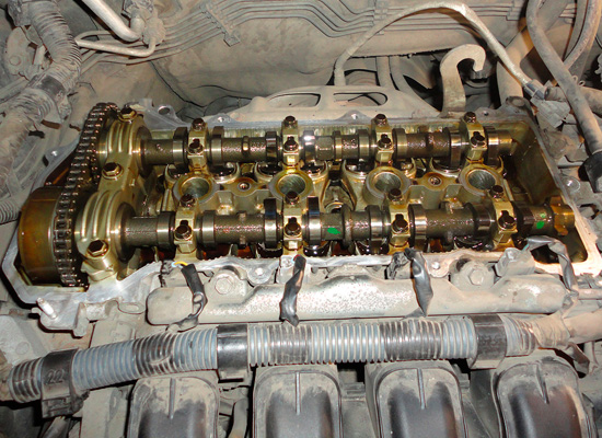 Мотор без клапанной крышки