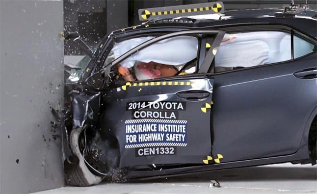 Тойота Королла 2014