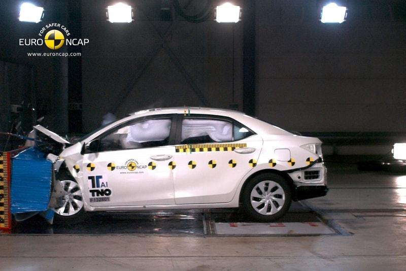 Тойота Королла 2008